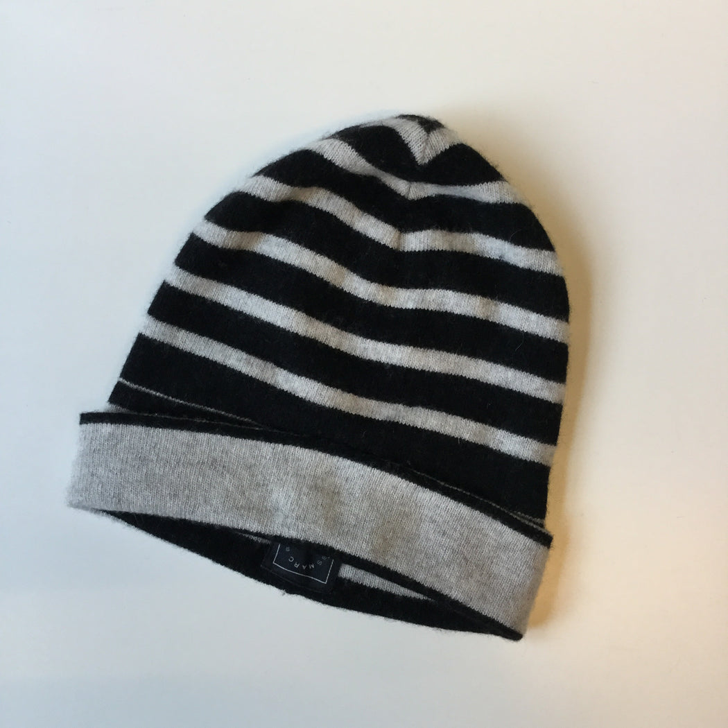 Black-Light Gray Wool / Acrylic Mix Marc By Marc Jacobs Beanie Hat  Size Os