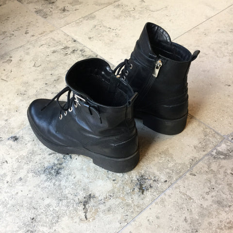 Black Leather Vintage Ankle Boots Straps Size 38