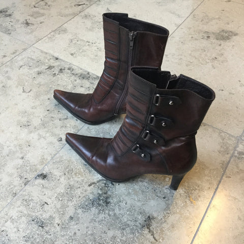 Chestnut Leather Balenciaga Ankle Boot Heels Pointy Toe Size 37