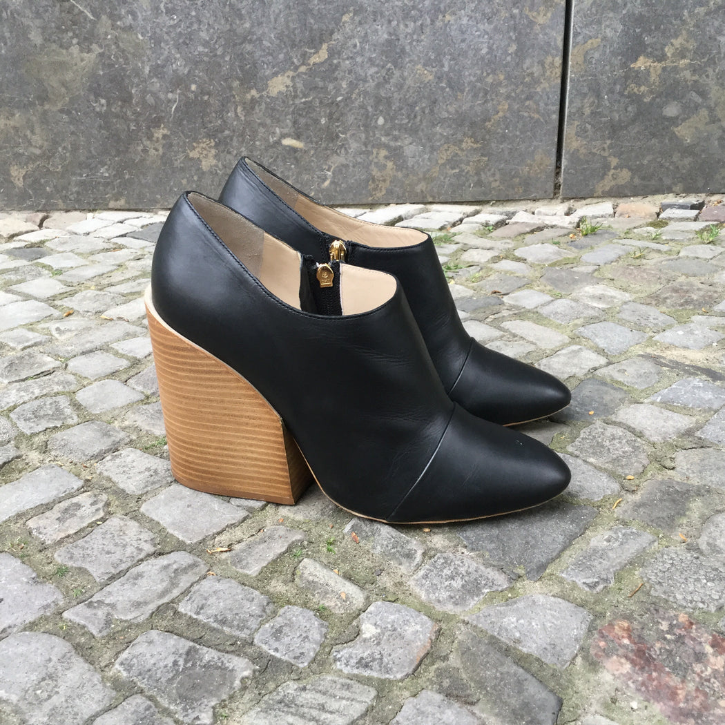 Black-Brown Leather Chloé Ankle Boot Heels Fat Heel Size 9.5