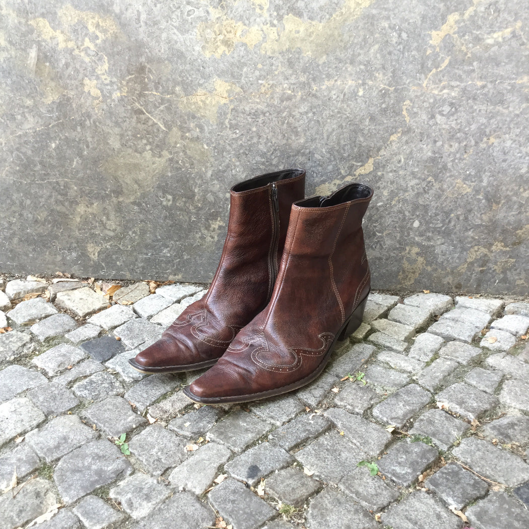 Chocolate Leather Designer Cowboy Boots Zippered Size 38