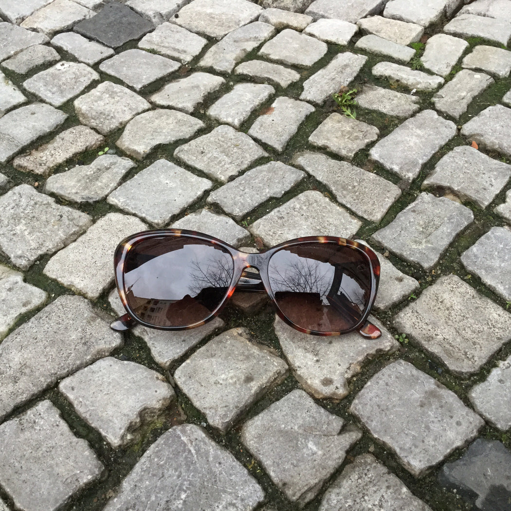 Brown Tone Mix Plastic Vera Wang Sunglasses  Size Os