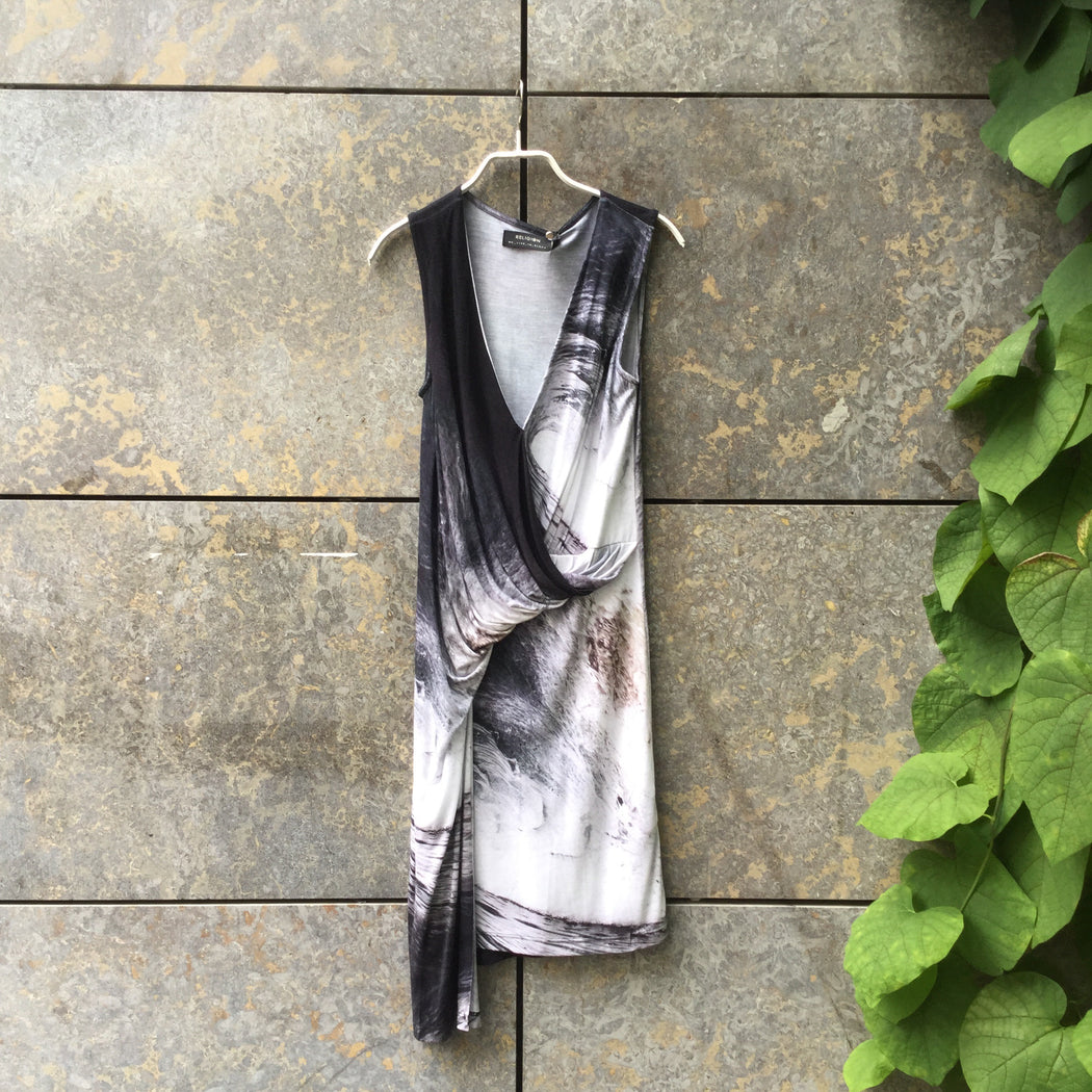 Black-White Jersey Religion Jersey Dress Gathered Asymetric Size M/L