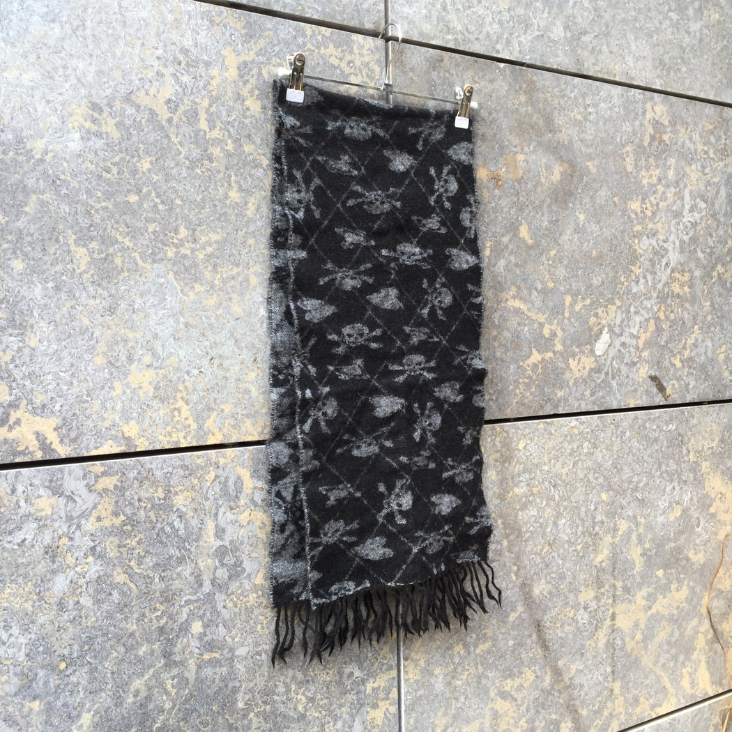Black-Morning Gray Wool Mix Vivienne Westwood Winter Scarf Fringy
