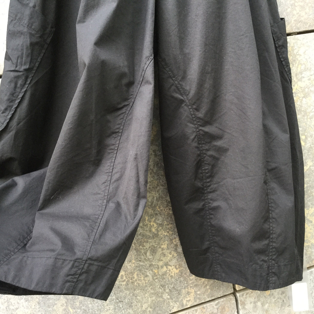 Black Cotton Oska Culottes Oversized Pocket Size 26/27