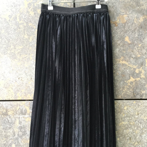 Black Velour Vintage Midi Skirt Pleated Size 25/26