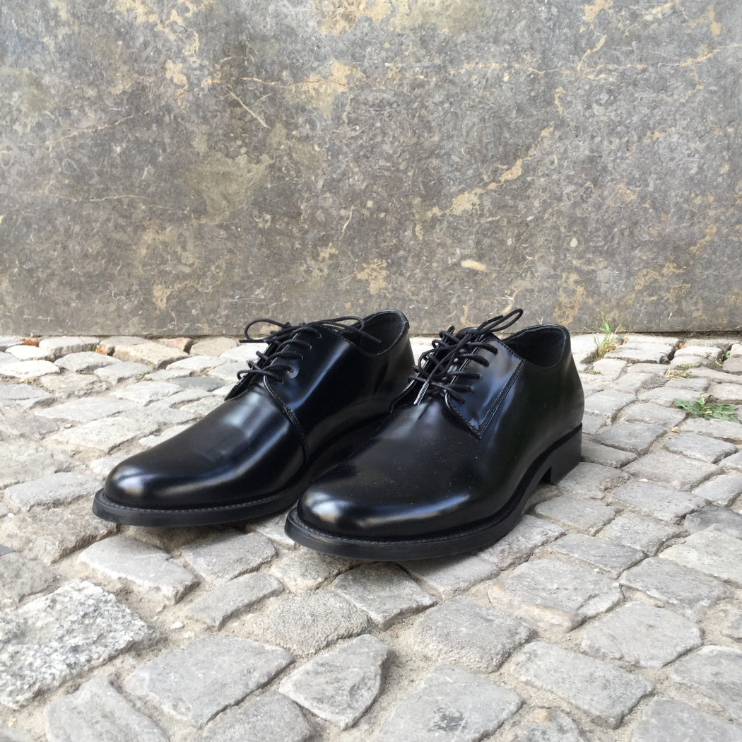 Black Leather COS Oxfords  Size 8.5