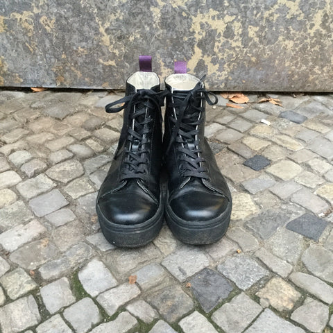 Black Leather Eytys High-tops  Size 40