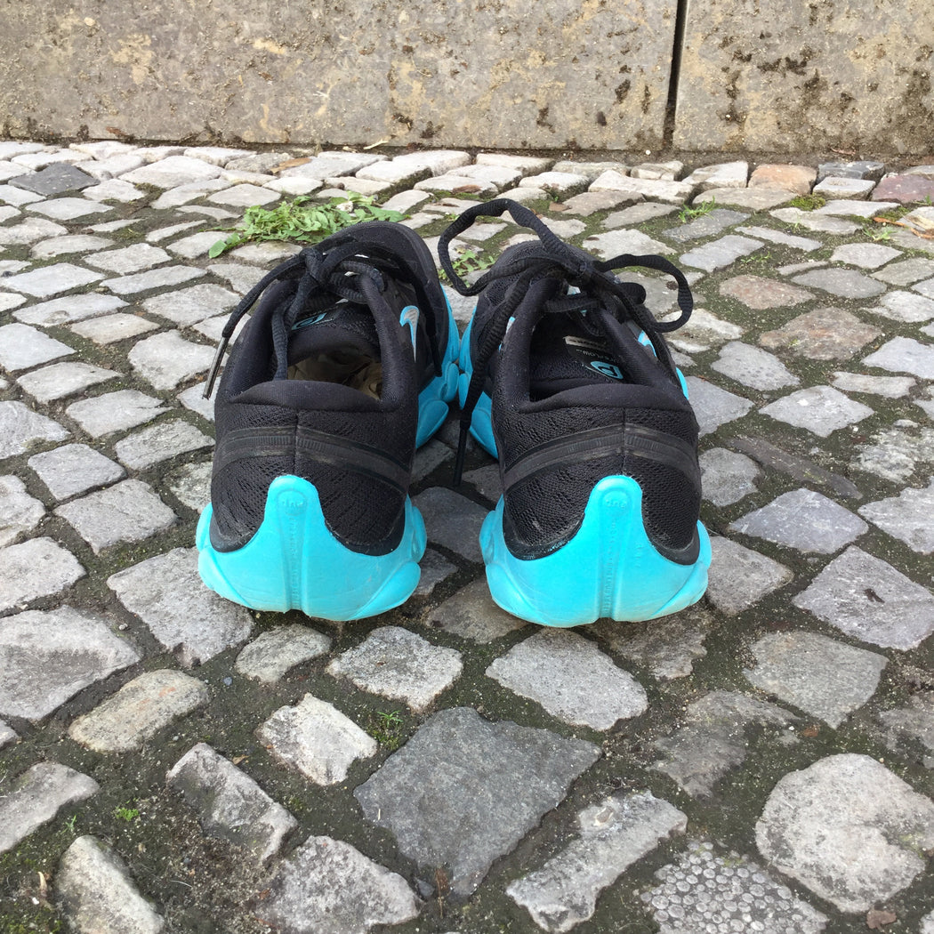 Black-Blue Synthetic Contemporary Main Sneakers  Size 10.5