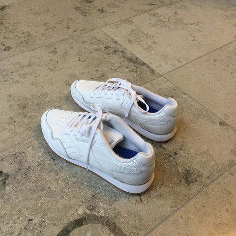 White Leather Reebok Sneakers  Size 40