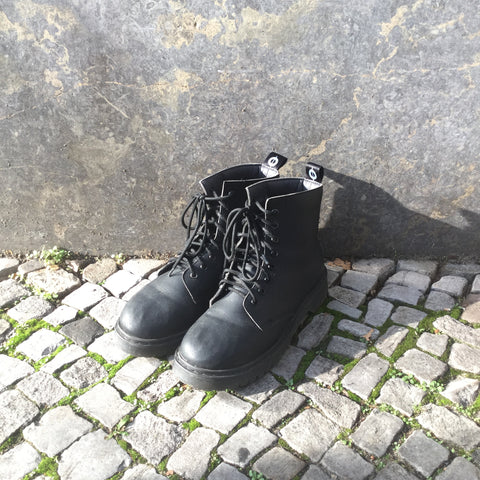 Black Leather Contemporary Main Combat Boots  Size 40