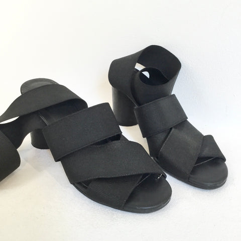 Black Wood COS Sandal Heels Straps Fat Heel