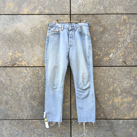 Pale Denim Blue Denim Vintage Straight Fit Jeans Cut-off Size 30