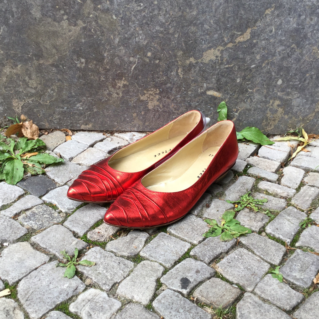 Deep Red Leather Contemporary Main Ballet Flats Metail Iridescent Size 36