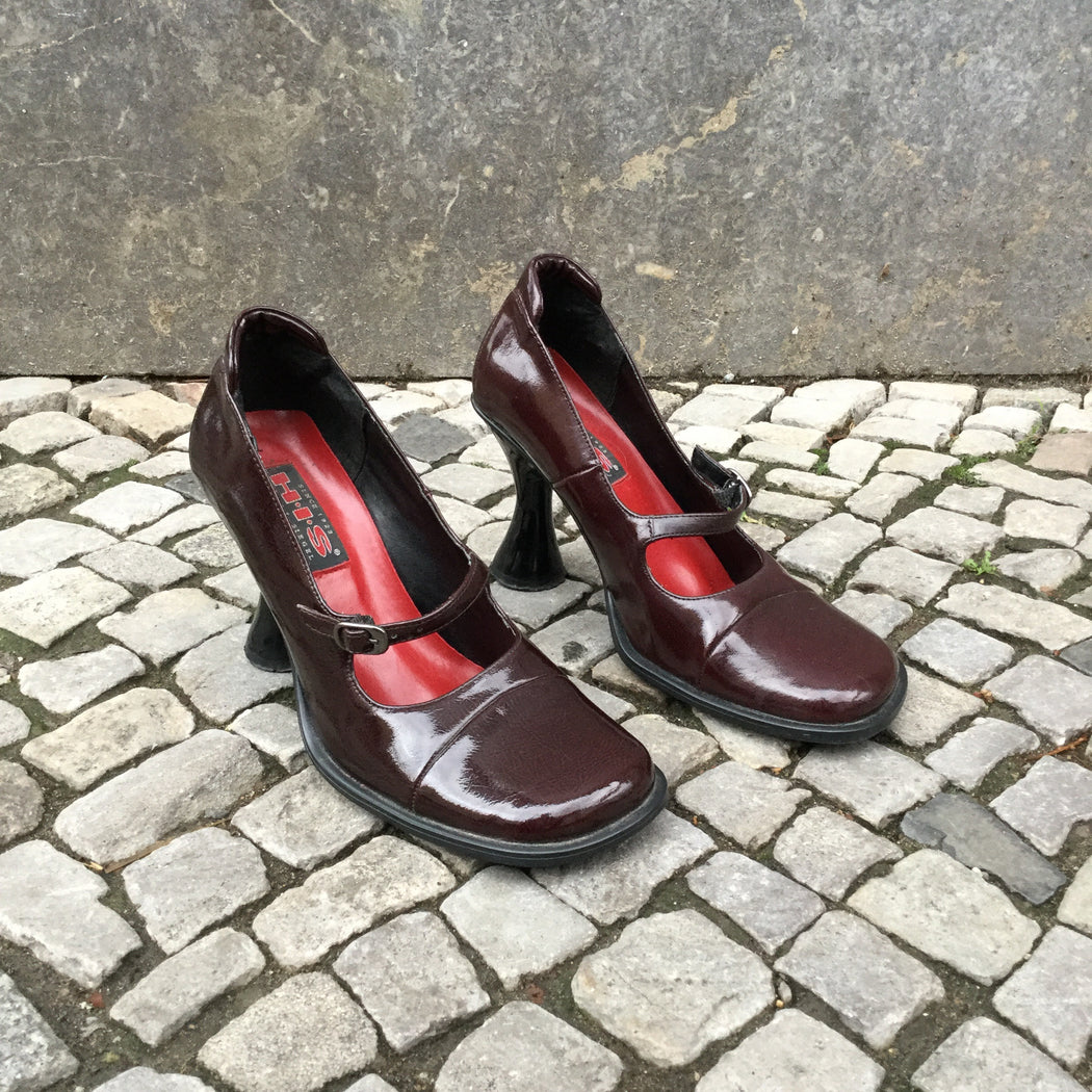 Burgundy Leather Vintage Heels  Size 9.5