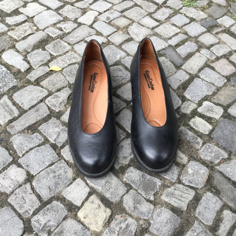 Black Leather Vintage Shoes Round Toe Size 7.5