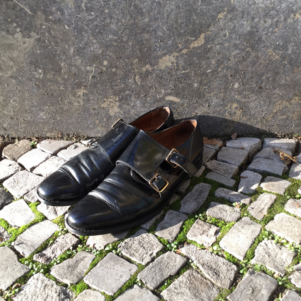 Black Leather Burberry Buckle Shoes Buckled Size 37