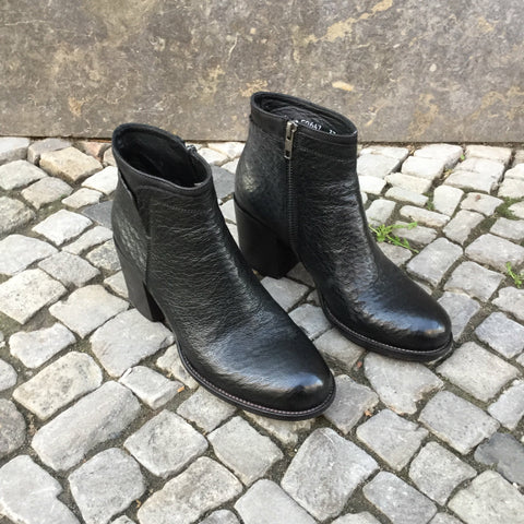 Black Leather Contemporary Ankle Boot Heels  Size 6.5