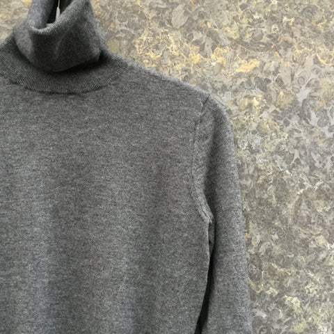Slate Cashmere Joseph Light Sweater Turtle Neck Size S/M