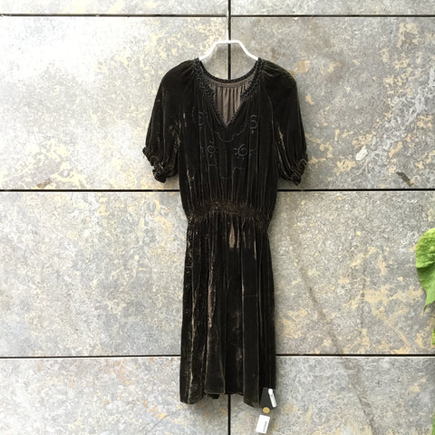Brown Velvet Vintage Dress Stitching Detail Size XS/S