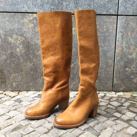 Tan Leather Contemporary Knee-High Boots  Size 4.5