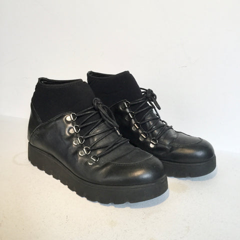 Black Leather/synthetic Mix Vintage Boots  Size 38