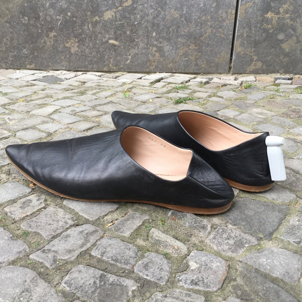 Black Leather Acne Studios ( womens ) Slippers Conceptual Detail Size 8.5