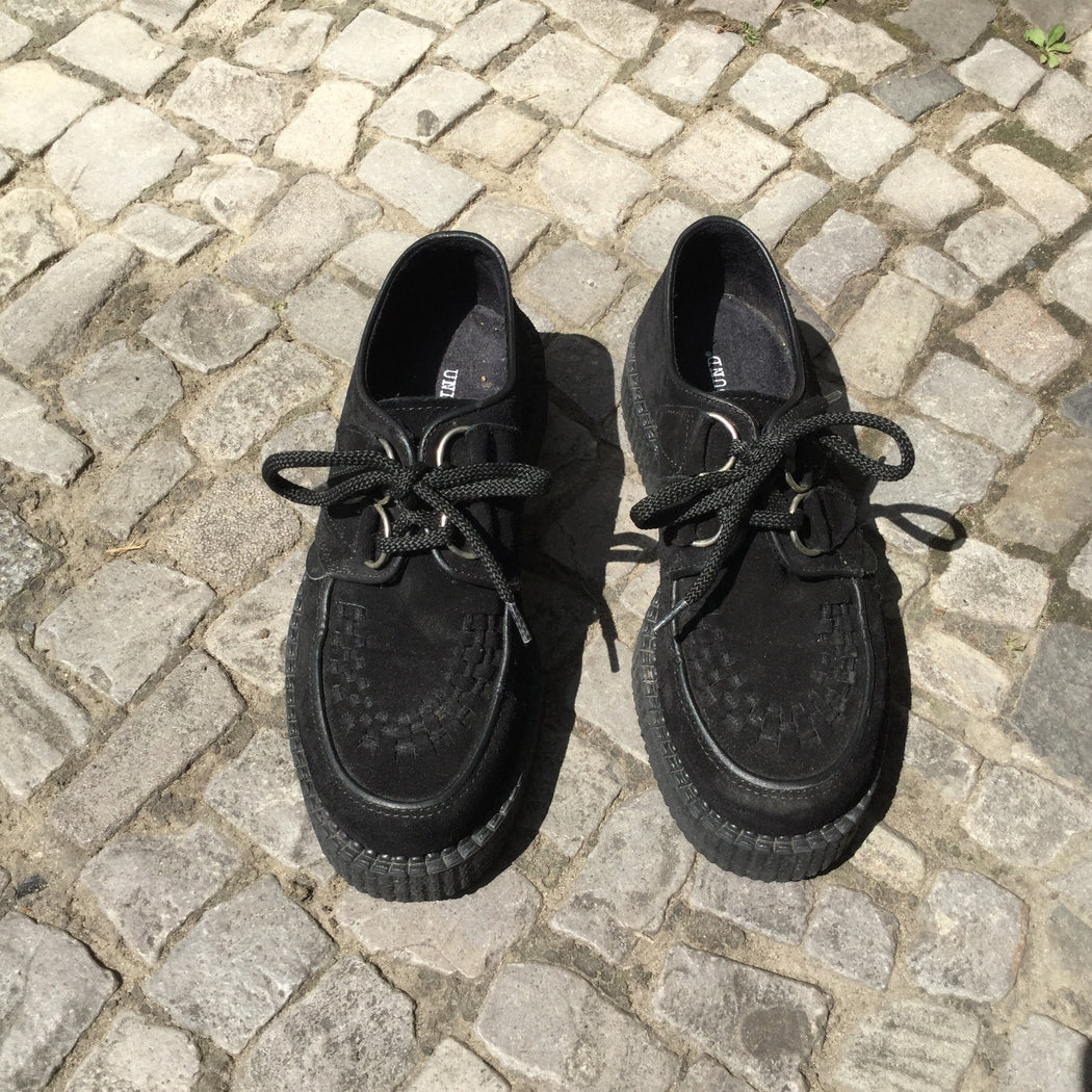 Black Leather/Synthetic Mix Underground Creepers Platform Size 5.5
