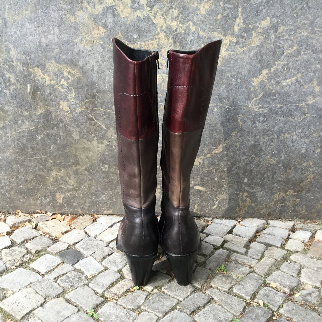 Dark Color Mix-Black Leather Marc By Marc Jacobs Boot Heels  Size 39