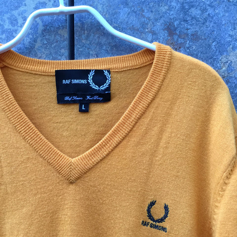 Orange Creamsicle Wool Raf Simons x Fred Perry Light Sweater V-Neck Size L