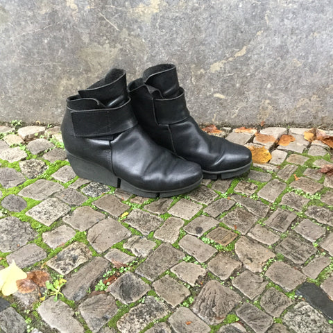 Black Leather Trippen Boots Platform Size 37