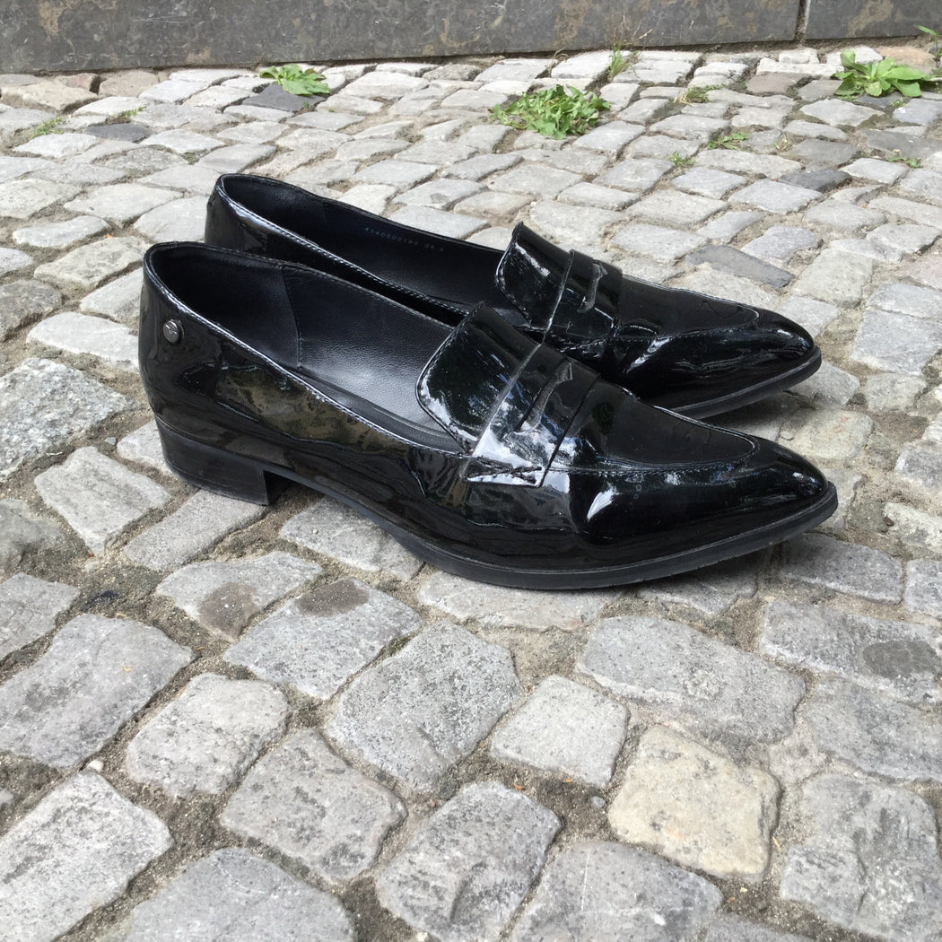 Black Leather/Synthetic Mix Joop! Loafers Pattent Size 8