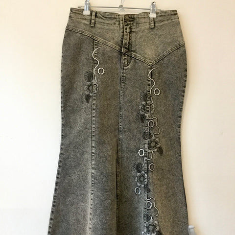 Black Denim Vintage Jeans Skirt Embroidered Size 30/31