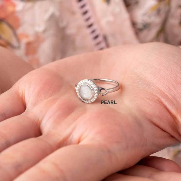 Round Crystal Ashes Ring | Ashes Rings - Annalise Jewellery