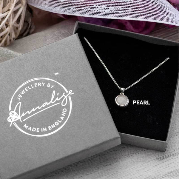 Round Ashes Memorial Pendant | Ashes Pendant - Annalise Jewellery