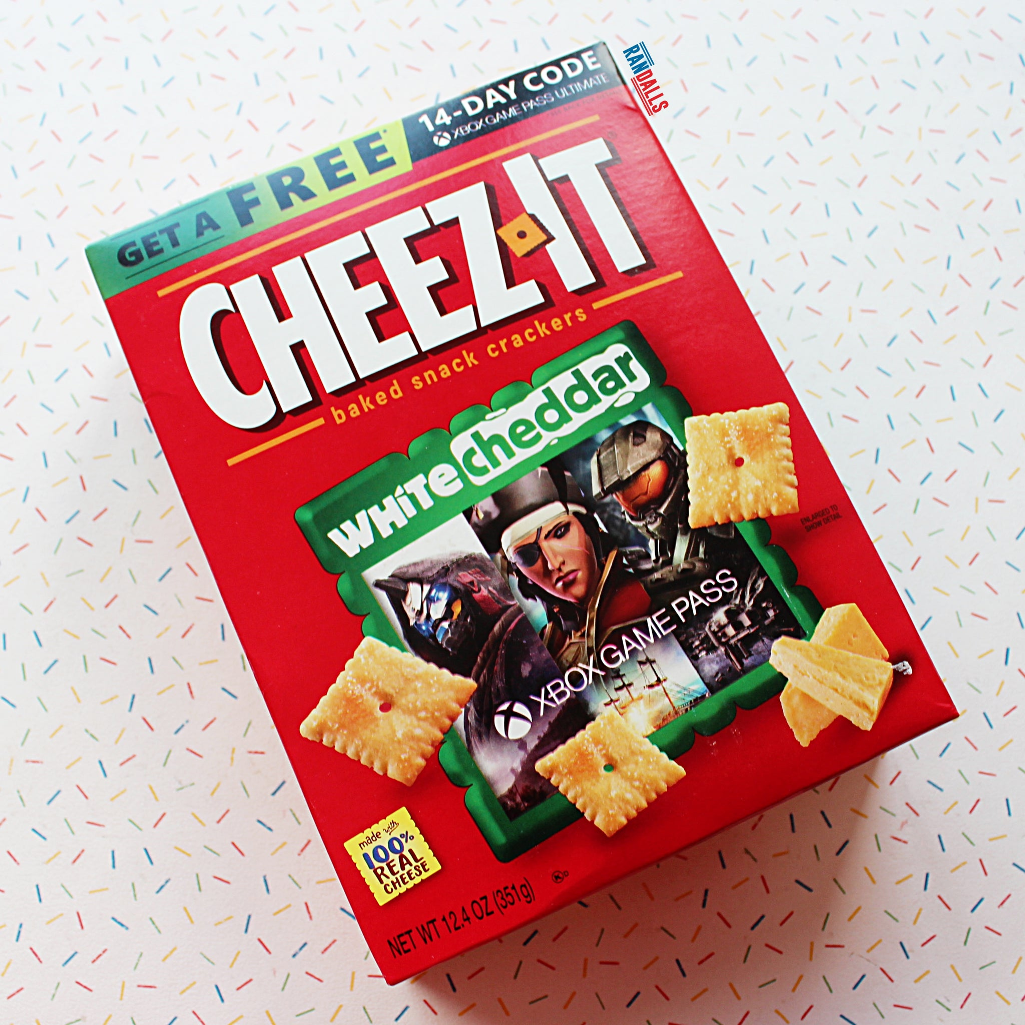 CHEEZ-ITS WHITE CHEDDAR BOX