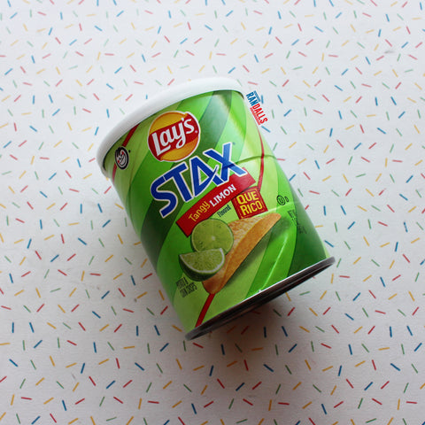 LAYS STAX TANGY LIMON CAN