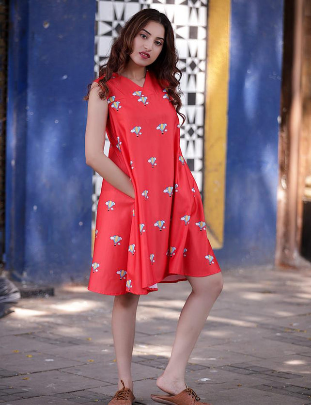 Red Air Balloon Printed Tied-up Dress