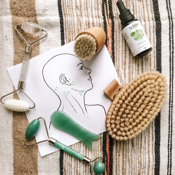 BENEFITS OF FACIAL ROLLING AND GUA SHA (GENTLE LYMPHATIC DRAINAGE)