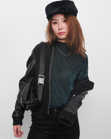 Velvet Top in Turtleneck - Forest Green [韓國女裝] - STYLEITNRY
