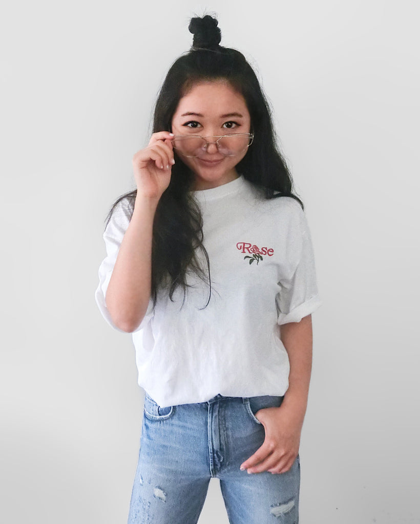 Embroidered Rose T-Shirt - White [韓國女裝] - STYLEITNRY