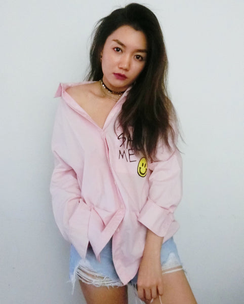 Smiley Oversized Collar Shirt - Pink | STYLEITNRY