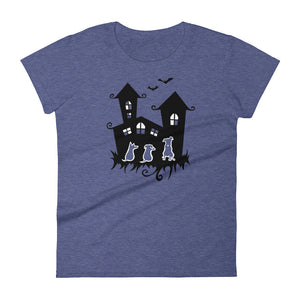 Dogs Halloween Castle - Women's T-shirt - WeeShopyDog