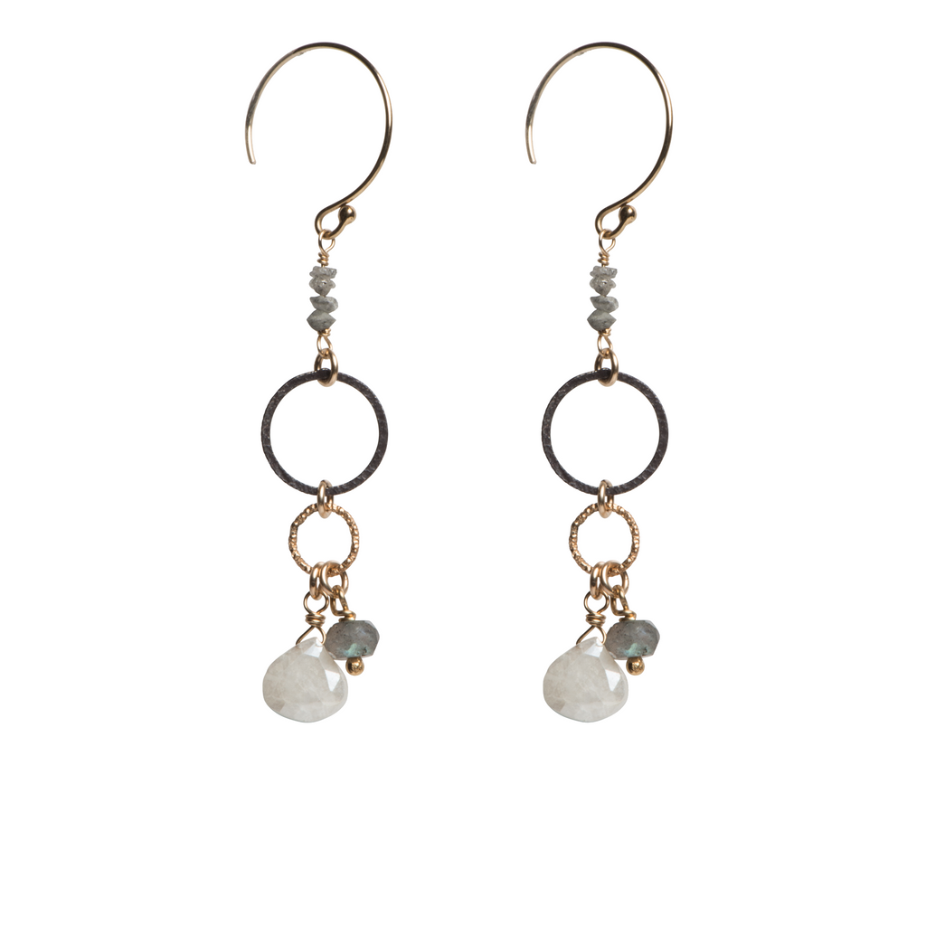 Emma Earrings E185