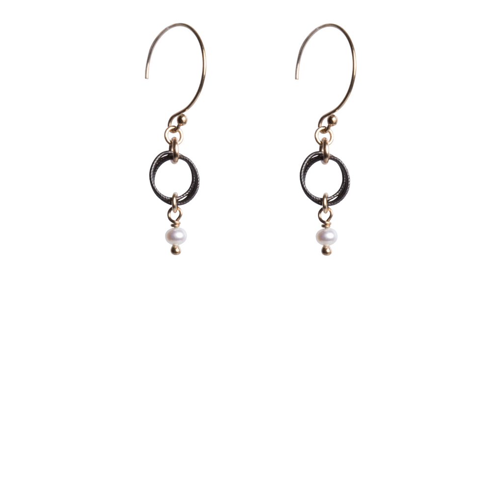 Petite Earrings E199