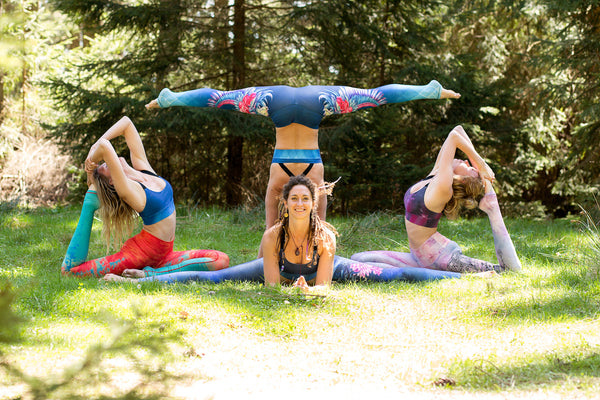 Can plastic bottles be linked to yoga?