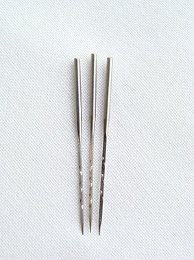 Single Standard Needles (Pack of 3)