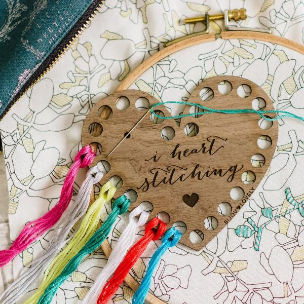 Thread Organizer - I Heart Stitching