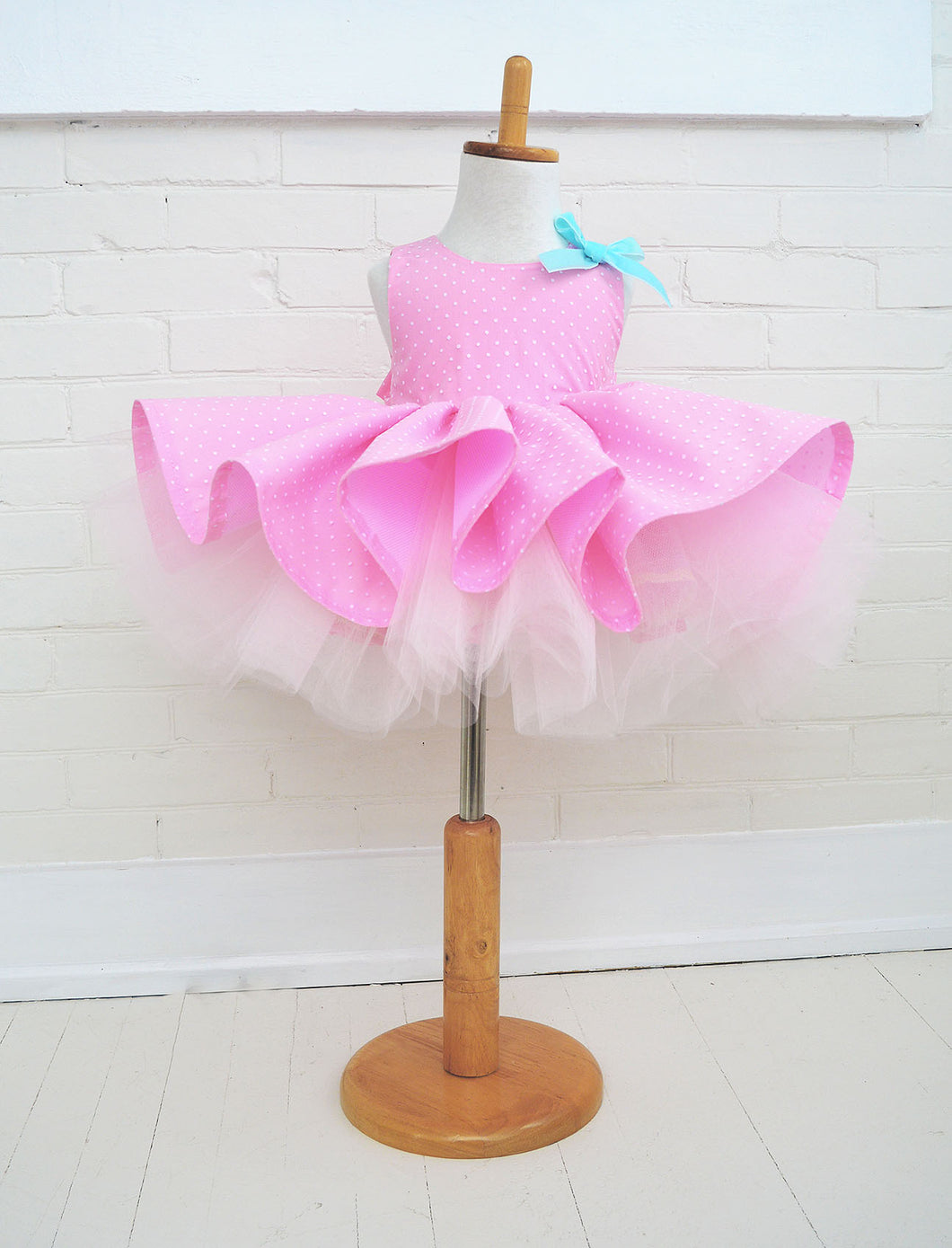 Candy Bomb Dress in Bubble Gum