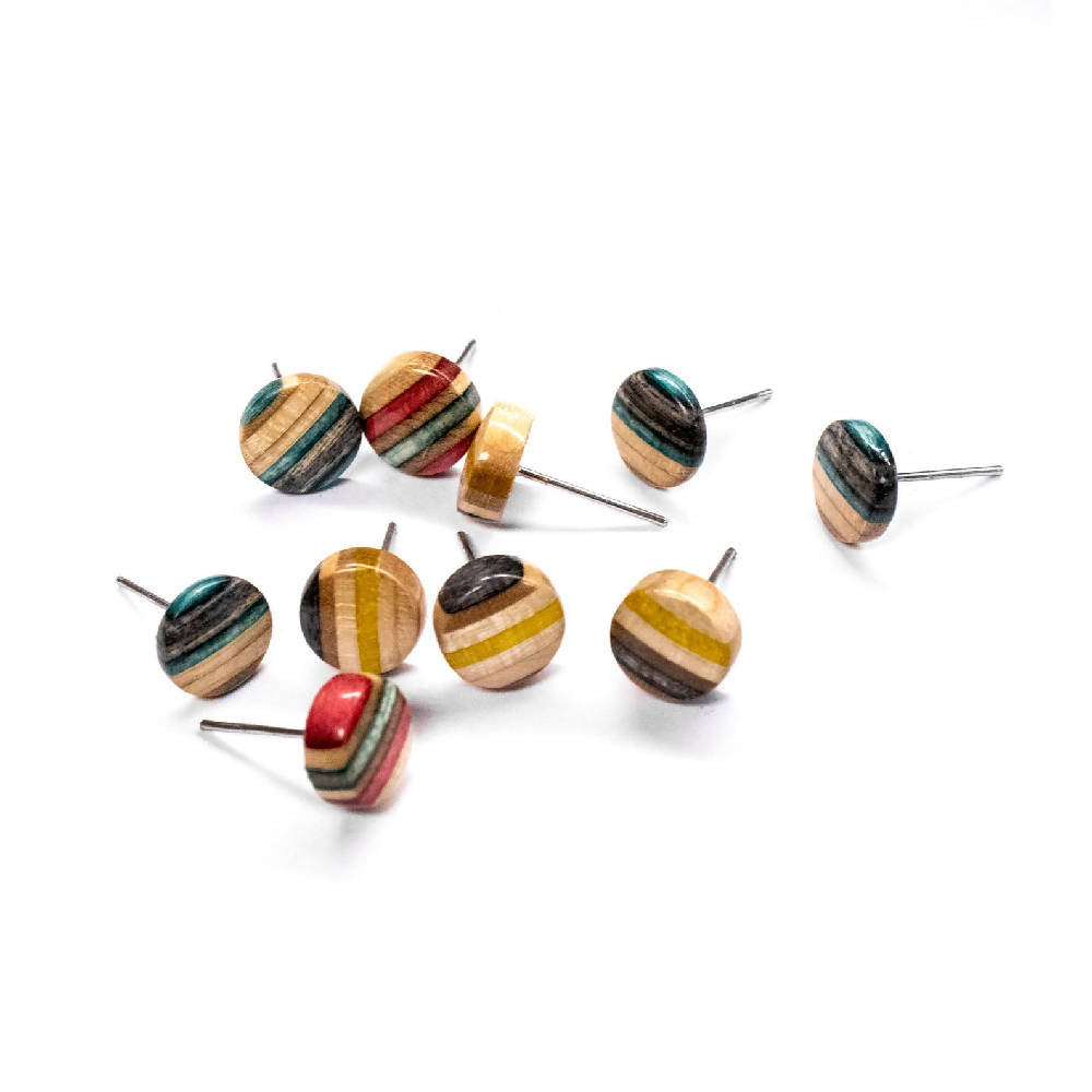 Recycled skateboard earrings accessories eco fashion sustainable